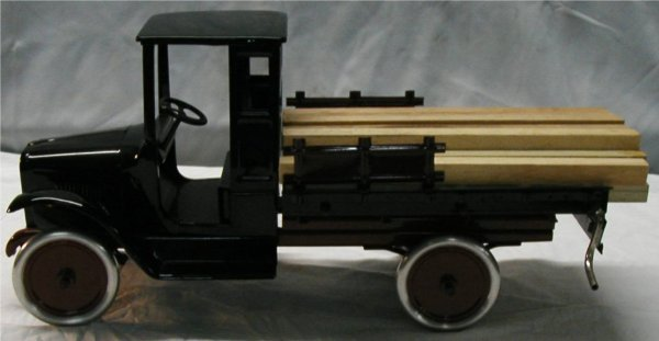6001: Buddy L 203A Lumber Truck