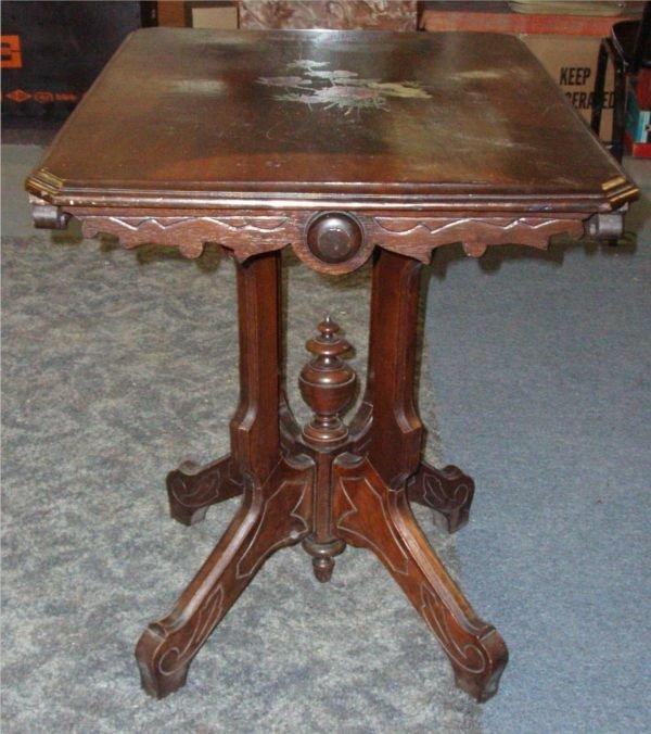 5006: 1800's Victorian Renaissance Parlor Table, 22 x
