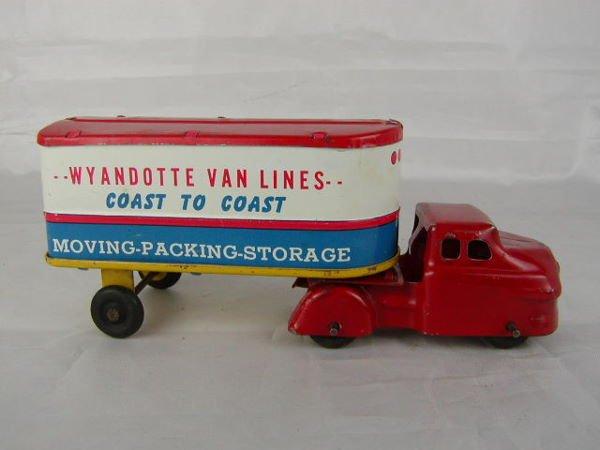 3010: Wyandotte Van Lines Coast to Coast Tractor Traile