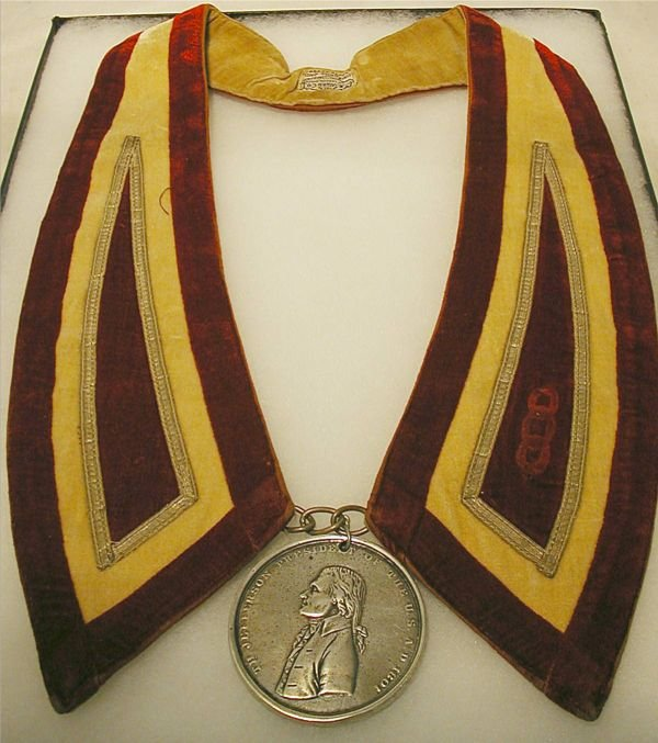 1004: Restrike Jefferson Peace Metal with Collar