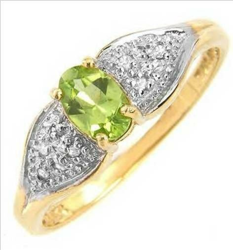 2010: Attractive Ring With 0.55ctw Diamonds and Genuine