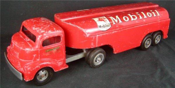 "2010: Smith Miller Mobil Gas Tractor Trailer. 22"" Long"