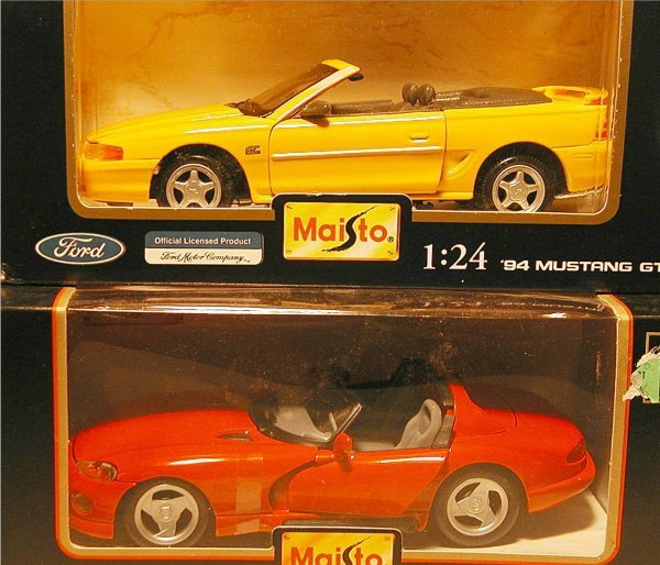 2017: Maisto (Ford F150 Pickup, Mustang GT, Viper, Must - 2