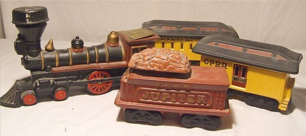 3005: McCormick Wiskey Ceramic Train Decanter Set