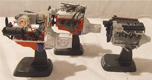 3017: American Muscle Ertl Covette Engine Set w/ box