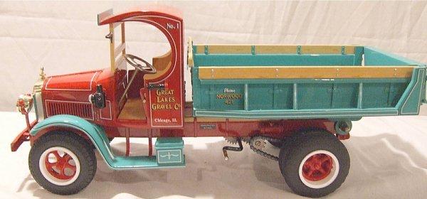 3019: Retro 123 Mack Dump Great Lakes Gravel Truck