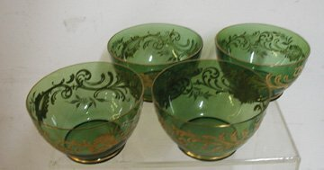 24: Victorian Applied Gold Leaf Green Bowls Set of 4