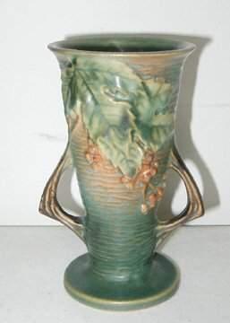 Roseville Bushberry Vase 30-6 , Green