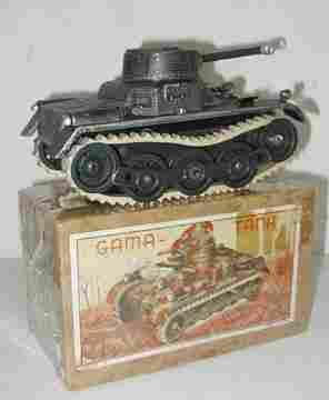 Gama Postwar Tank with Box