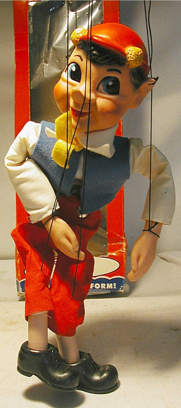 1017: Hazelle's Little Play Theatre  Pinocchio Marionet