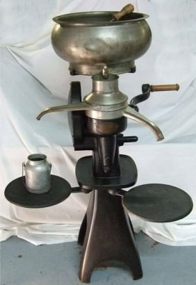 2058 Mccormick Deering Antique Cream Separator By Inte