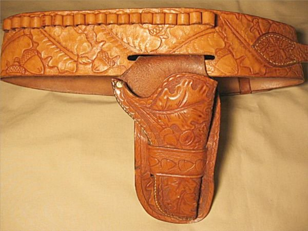 3002: Embossed Mid 20th Century Pistol Holster & Belt,