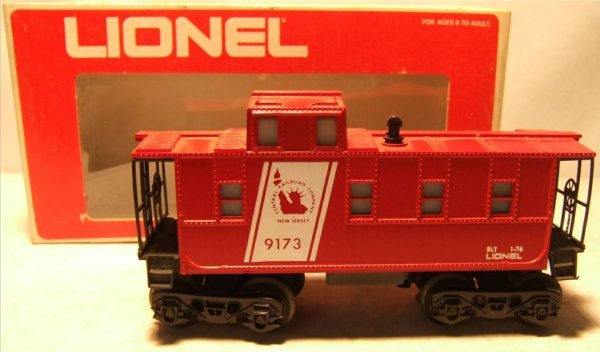 4012: Lionel #9173 Caboose with Box, Excellent Conditio