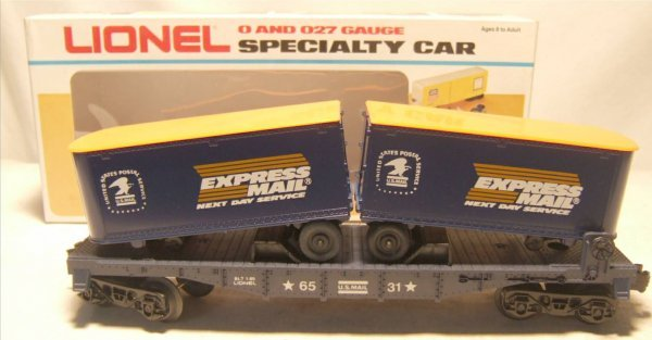 4018: Lionel #6531 Express Mail Flat Car with Trailers