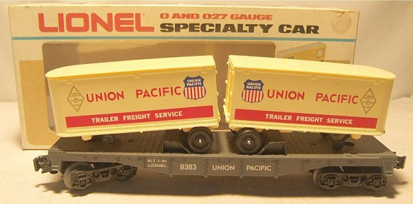 4020: Lionel #9383 Union Pacific Flat with Trailers