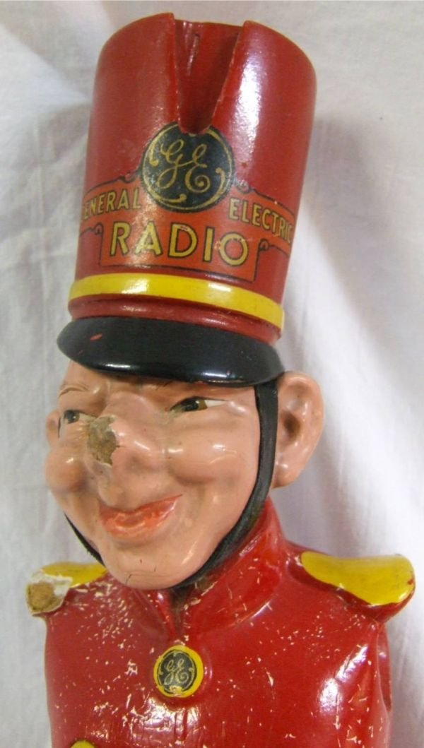4009: Rare General Electric Radio Wooden Soldier, Arms