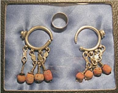 3007: Very rare & early Navajo or Zuni silver earrings