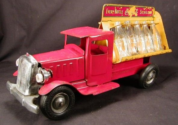 2059: Metalcraft Coca Cola Truck. All Original Parts.