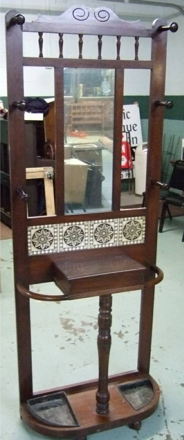 1025: Walnut Hall Tree with Mirror and Tiled Front with