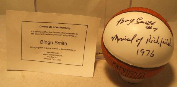 1013: Bingo Smith Basketball with COA by Merc's Scorebo