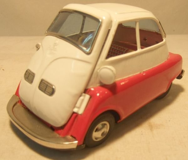 2016: BMW Isetta , Japan 6 1/2L, Made of Tin, Friction