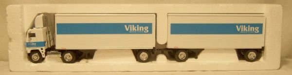 1004: Viking Freight System Truck and Two Trailer with