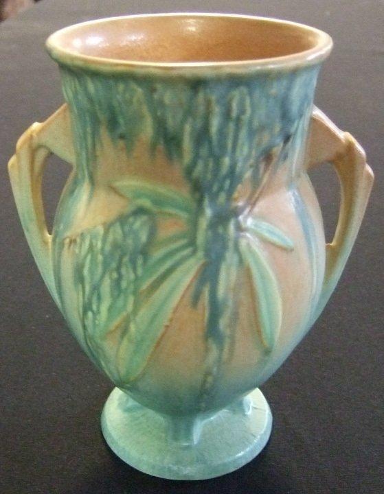 7: Roseville Moss Vase #776-7, Excellent Condition