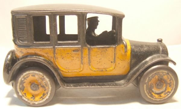 8: Arcade Cast Iron 8 Inch Taxi, Very Good Condition