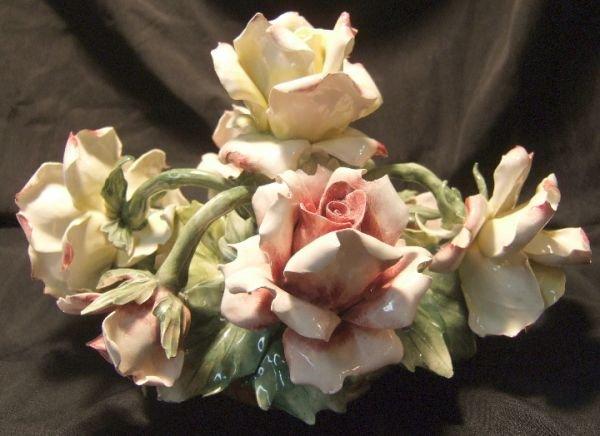 """1002: Capedomonte Floral Centerpiece, 8""""H x 9""""D, Exce"""