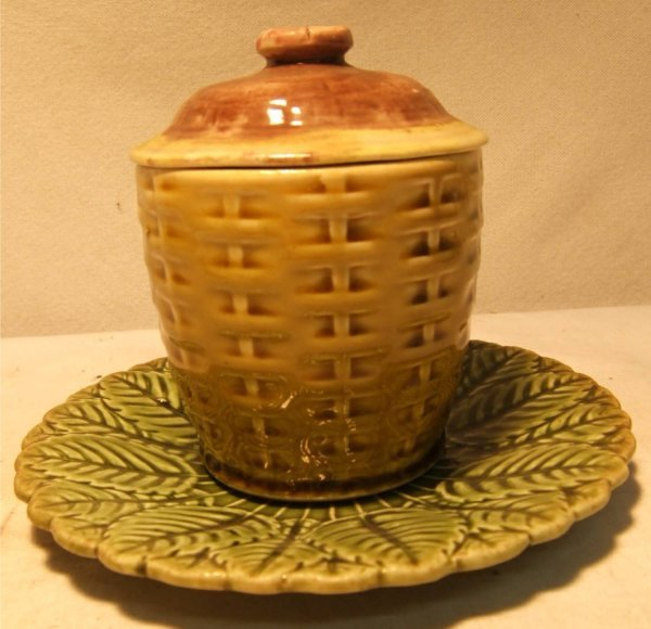 1012: Sarrequemines Majolica Covered Jar and Underplate