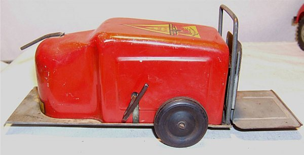 """4020: Nylint Lift Truck, #700, Red and yellow, 11"""" Long"""