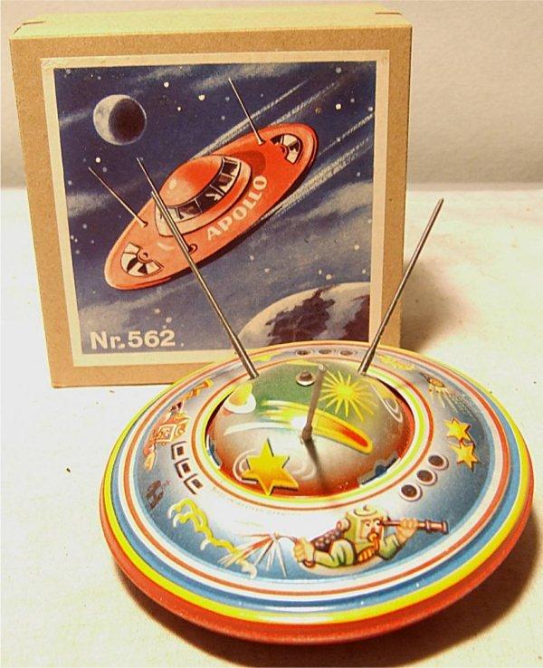 "4142: West German Apollo Space Ship In Box, 3 1/2"" Dia,"