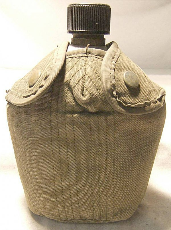 """3017: Vintage 1918 U.S. Army Field Canteen, Dated, 8""""H"""