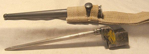 3027: Enfield No. 4 British WW2 Spike Bayonet with Scab