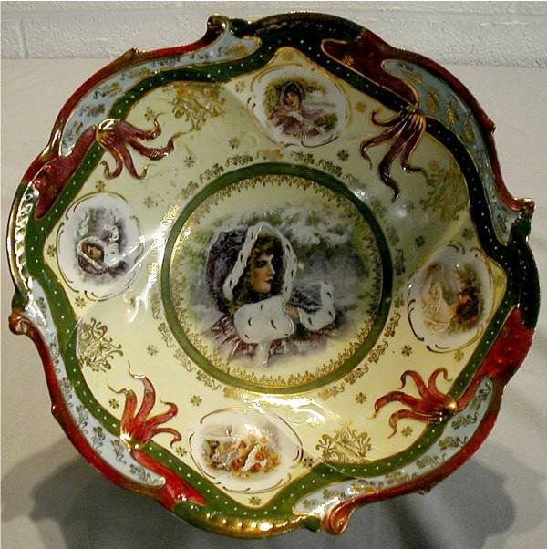 3006: Unsigned R S Prussia Style Decorated Bowl