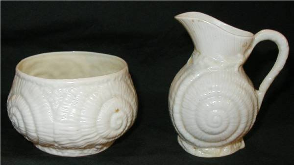 3009: Belleek Shell Pattern Cream & Sugar Set, Green Ma