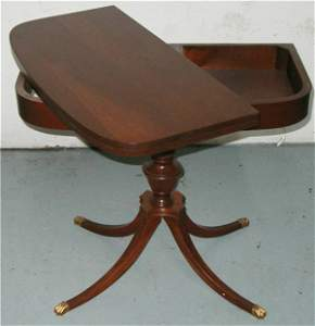 3180: Mahogany Duncan Phyffe Clawfooted Game Table