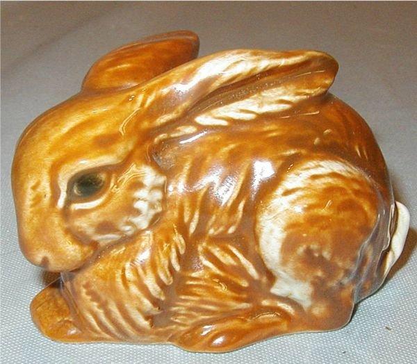 19: Goebel #34-303-06 Rabbit 3 1/2 x 2 1/2 x 2 1/2H