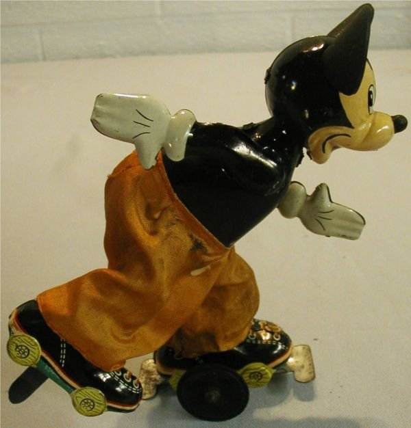 2073: TPS Linemar Mickey Mouse Skater Works