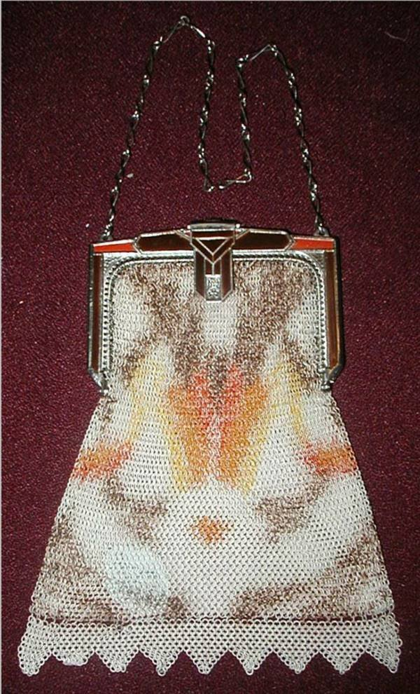 2004: Whiting & Davis (Signed) Art Deco Mesh Purse
