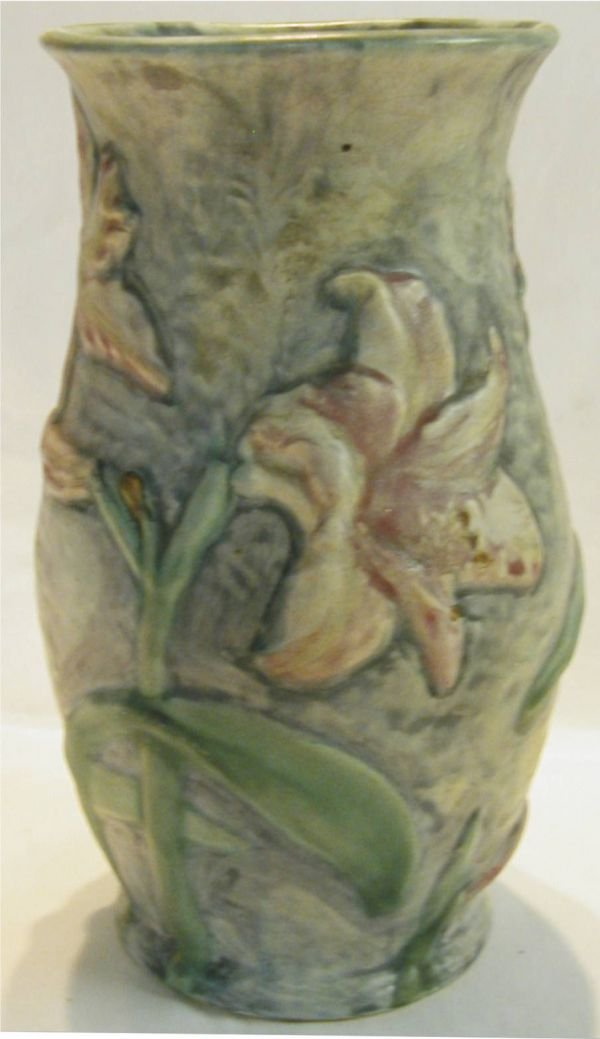 2015: Weller Pottery Silvertone Day Lillies 9 1/2 H x 5