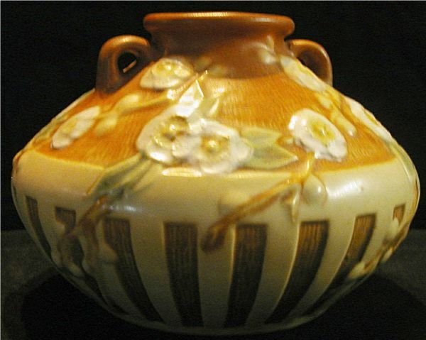 2045: Roseville Pottery Cherry Blossom #617-3 1/2, Exce