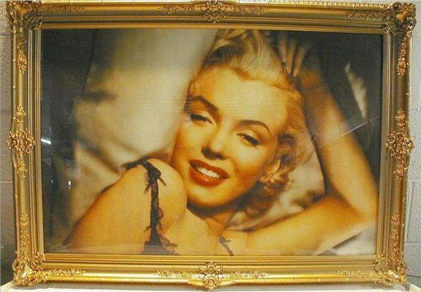 3010: Marilyn Monroe Victorian Gold Leaf Frame Picture,