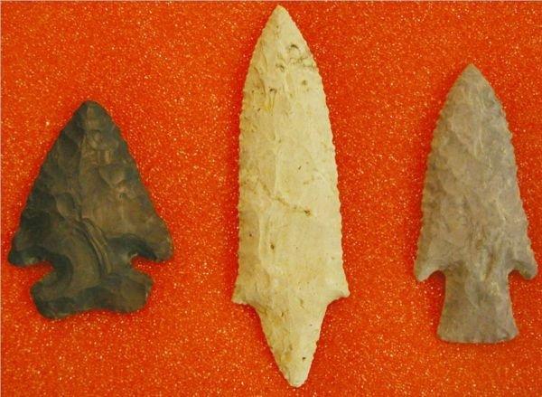 4015: Frame of Three Arrowheads found in Ohio