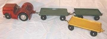 1: Doepke Clark Airport Tractor & Trailers