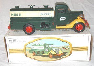 1982-1983 First Hess Truck w/ Box