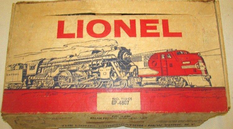 Lionel Freight Train Set #11201 w/ Box - 2