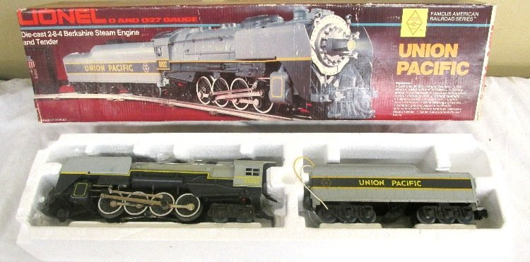 Lionel No.8002 Union Pacific Bershire in Box