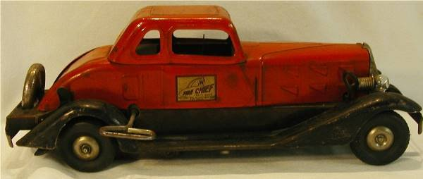 1002: Hoge Fire Chief Car