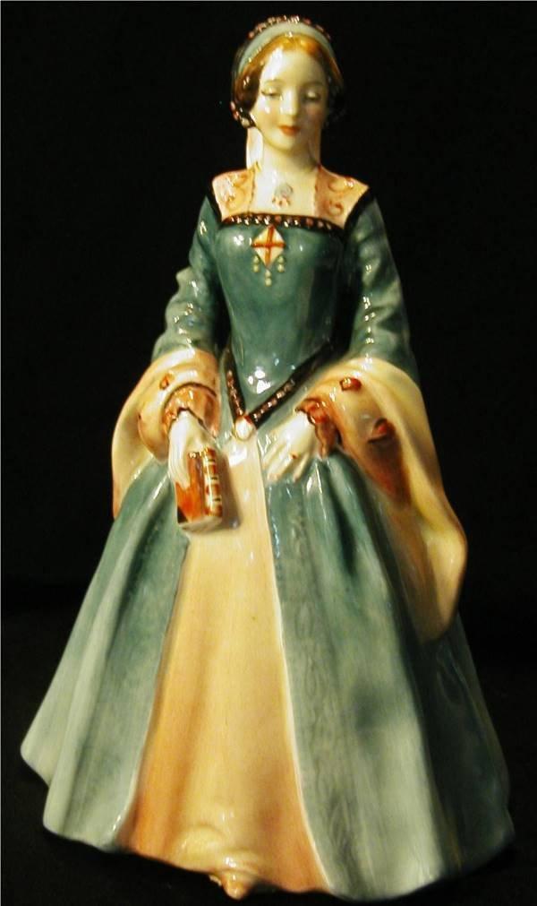 1017: Royal Doulton Janice HN2022 Figurine
